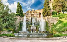 Fontana di Nettuno con tre alti zampilli