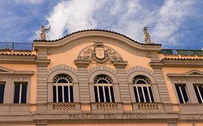 Insegna del Palazzo del Freddo